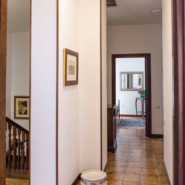 villavittoriarooms-interni-casa-esterni01